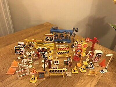 Toy Road Signs - 60 Pieces • 1.39£