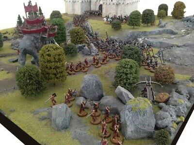 Lord Of The Rings Large Game/Play Board With Scenery And Minas Tirith In VGC • 25£