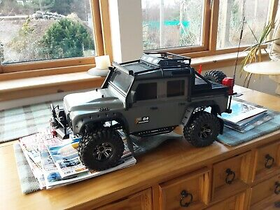Traxxas Trx4 Defender Body Shell • 200£