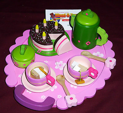 Wooden Tea Party Set.    • 23.99£