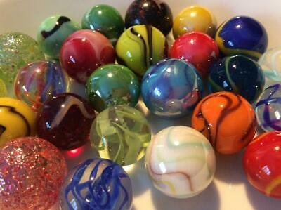 25 VERY PRETTY MEDIUM TRADITIONAL SHOOTER MARBLES 22mm SOLITAIRE GAME PLAY  • 6.25£
