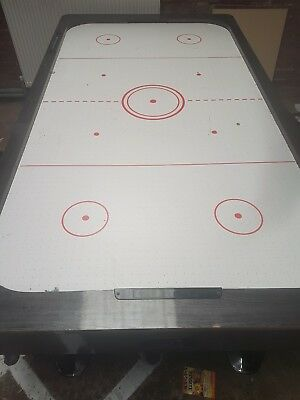 Air Hockey Table 7ft • 250£