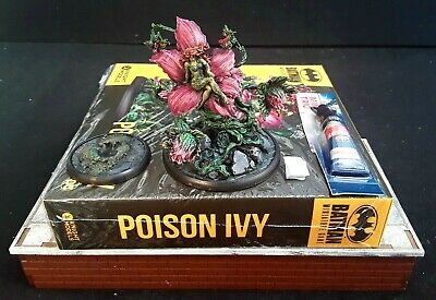 Batman Miniature Game Poison Ivy-well Painted Minis (1) & Small Superglue Tube  • 60£