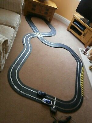 Huge Scalextric Sport Set With 2 GT Cars • 55£