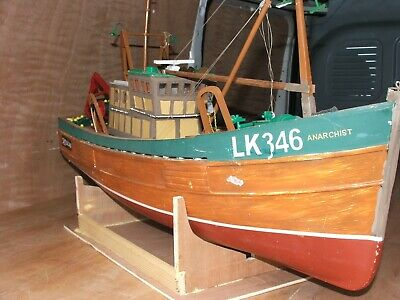 Tradition Fishing Boat-1/20th Scale-   • 300£