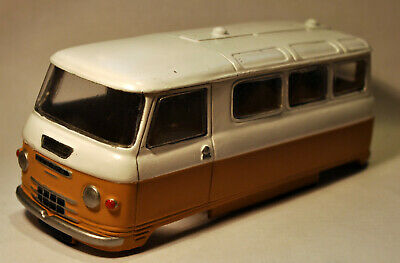 Commer PA Minibus Resin Bodyshell - Slot Car/Airfix Conversion Kit 1/32 • 22£