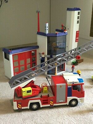 Playmobil 4819 City Action Fire Station And Fire Engine Light And Sound • 35£