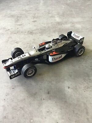 SCALEXTRIC MCLAREN MERCEDES MP4-16 DAVID COULTHARD C2415 No.3 • 15£