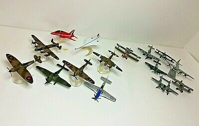 Bundle Of Small Die Cast Planes [ 15 ] Mainly CORGI. Used Condition, No Boxes • 12.24£