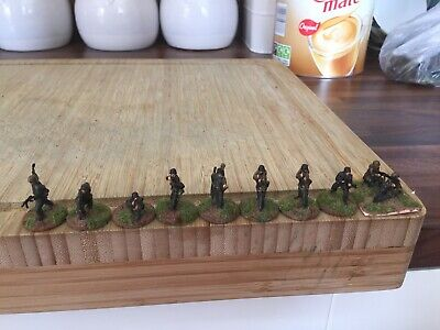 Revell 1/72 WW2 German Painted Infantry X10 • 7£