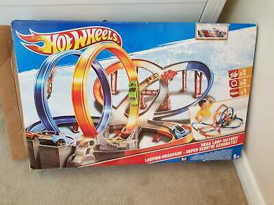Hot Wheels Mega Loop Mayhem Track Set - Motorised Booster • 35£