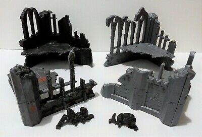 4 Building Ruins And 2 Rubble Piles From Warhammer 40,000 • 18£