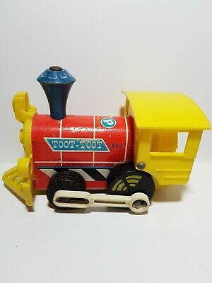 Vintage 1960s Fisher Price Toot Toot Pull Along Train Engine Child 643 Retro Toy • 6.95£