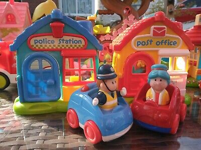 ELC Happyland Police Station And Post Office With Figures And Vehicles  • 7.99£