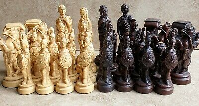 Vintage Chess Set Pieces - Roman In Polystone Resin, Felted • 7£