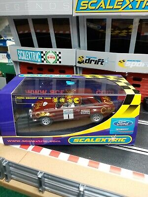Scalextric C2757 Ford Escort Rs1600 No1 Brand New Superb Livery   • 40£