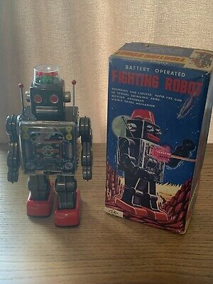 Vintage S.h Horikawa Fighting  Tinplate / Battery Operated Robot Made In Japan • 78£