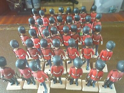 Britains Toy Soldiers Job Lot • 25£