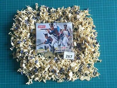 #267. 1/72 Scale Napoleonic Waterloo British Line Infantry By Airfix. 550+ • 25£