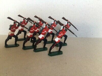 8 X Semi Ronde  Toy Soldiers-24th Foot • 6£