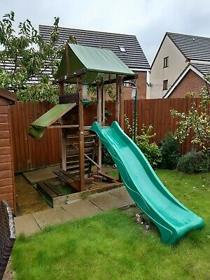 Dunster House Climbing Frame • 150£
