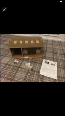 Brushwood Farm Building Workshop With Accessories • 70£