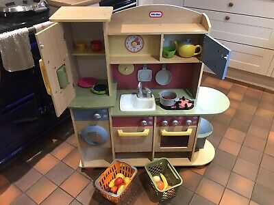 Little Tikes Premium Cooking Creations Wood Kitchen With Accessories • 50£