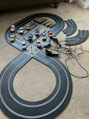 Scalextric Supercars 1:32 Aston Martin. Eight Extra Cars, Ramps And Chicane. • 52£