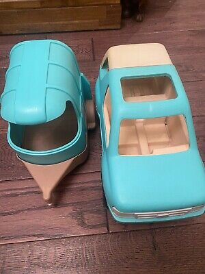 Vintage Little Tikes  Jeep And Horse Box • 12.30£