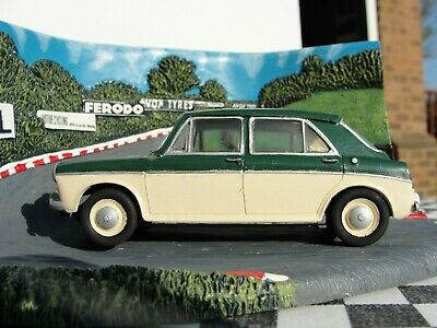 Airfix 1960's Mg1100 Green/cream  1:32 Scale  Used Unboxed  • 74.99£