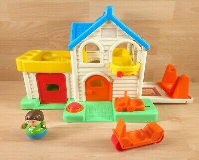 Vintage Playskool 1980s Weebles House - Includes 1 Weeble • 27.99£