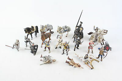 18 X Assorted Modern SCHLEICH Medieval Knight Figures Inc. Horses, Etc • 5.50£