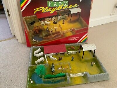 Vintage Britains Farm  Play Base Including Animals Rare  • 45£