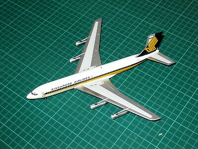 Inflight 200 IF70020 1/200 Boeing B707-324C. Singapore Airlines.  • 25£