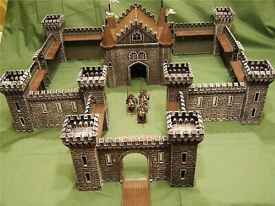 Mighty Imperial Fortress -- Warhammer Castle -- Historical Medieval Stronghold • 120£
