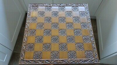 Vintage Chess Board Carved • 30£