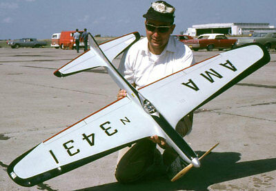 Model Airplane Plans (UC): Jetco SHARK 45 58  Stunt For .35-.60 By Lew McFarland • 17.17£