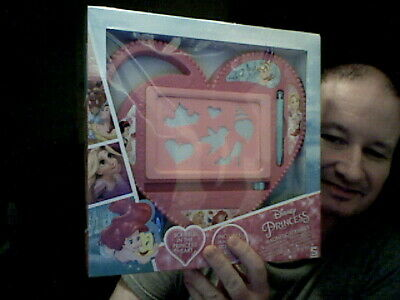 Disney Princess Heart Shaped Magnetic Scribbler Etch A Sketch Home Drawing  • 12£