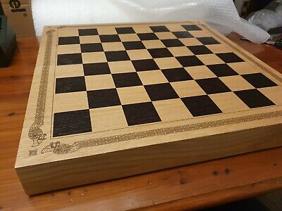 Deluxe Isle Of Lewis Wooden Chess Presentation Case - Minor Damage • 64.99£