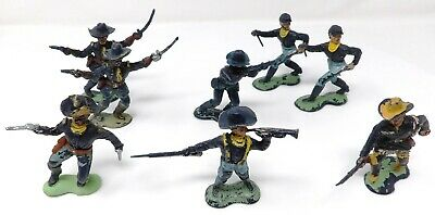 Vintage Crescent US Cavalry FULL SET + 2. Toy Soldiers.  • 11.99£