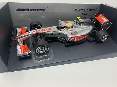 Minichamps 1:18 Lewis Hamilton 2010 Mclaren-Mercedes MP4-25 (Showcar) • 99.99£