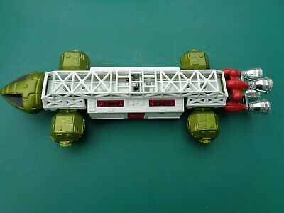 Dinky Toy Space 1999 Eagle Transporter • 50£