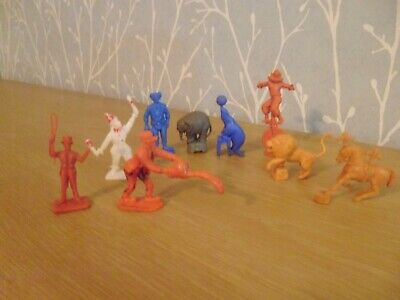 Plastic Toy Soldiers 1/32 Cresent And Charbens Circus Figures • 12£