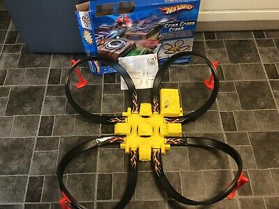 Hot Wheels Criss Cross Crash Track Set With Motorised Booster,box And Manual • 18£
