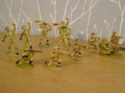 Plastic Toy Soldiers 1/32 Charben British 8th Army • 15£