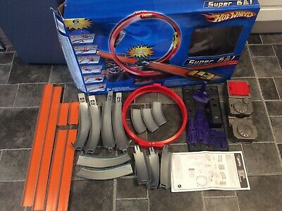 Hot Wheels Super 6 In 1 Motorised Booster Track Set With Box And Manual • 11.50£