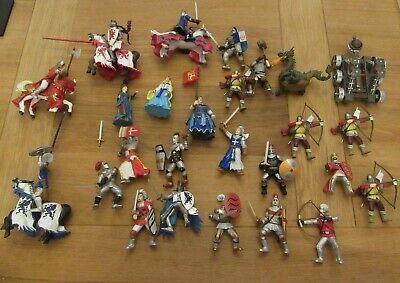 Collection Of Early Learning Centre Figures - Knights, Archers Etc. • 5£