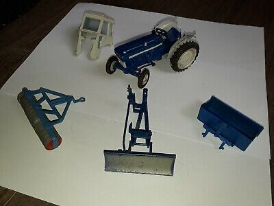 Britains Ford Tractor & Accessories  • 15£
