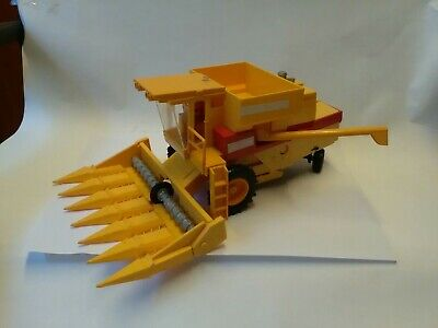 Britains New Holland Combine With Maize Header 1987 Good Condition Unboxed • 30£