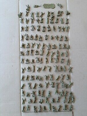 Airfix Vintage WW2 Various Allied Soldiers Job Lot X 132 • 5£